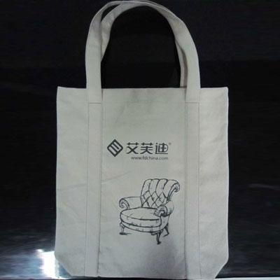 挑选合适自己的无纺布包装袋才是好的袋子
